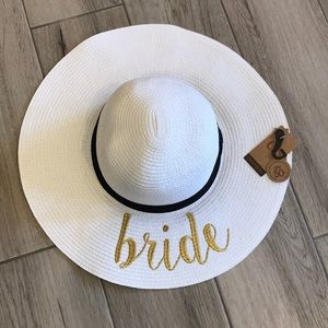 "Accessories - Adjustable White ""Bride"" Floppy Sun/Beach Hat"